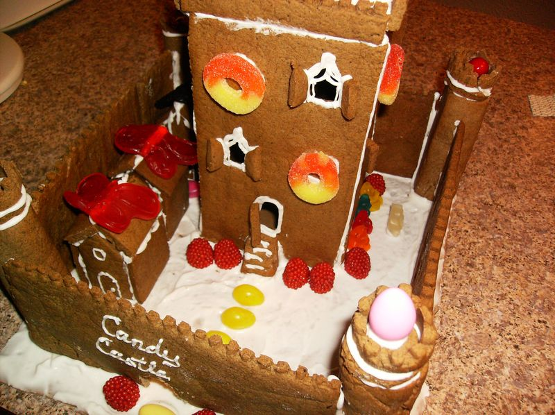 Gingerbread house5